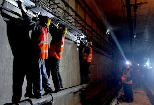 隧道电缆桥架施工分析
